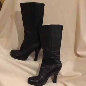 STEVEN sz7 Blk leather mid calf platform boot